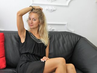 SelenaSuzy camshow adult
